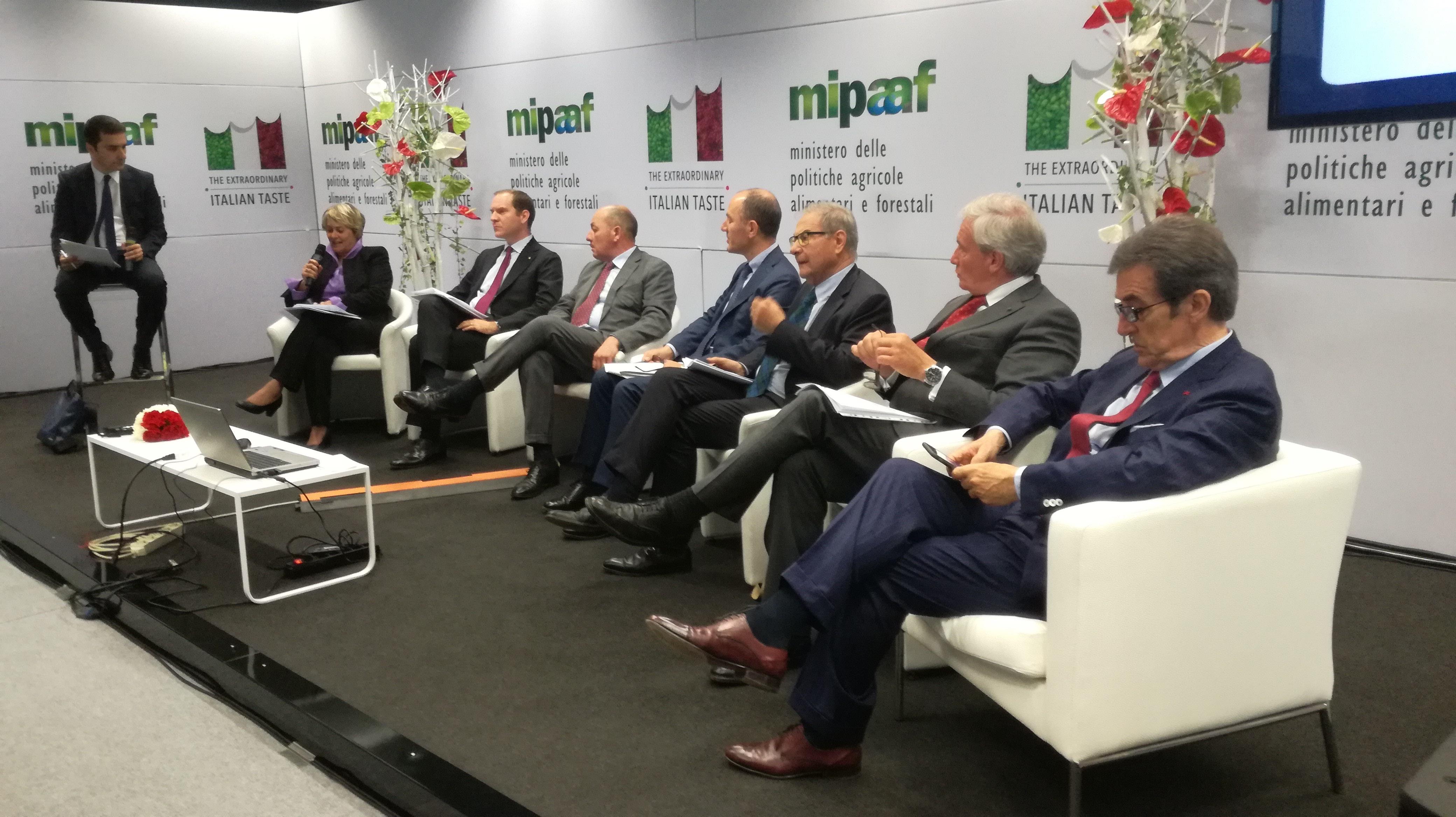 Vinitaly, la filiera del vino italiano unita per la competitività